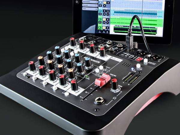 Analog mixing desk Allen & heath ZEDi-8