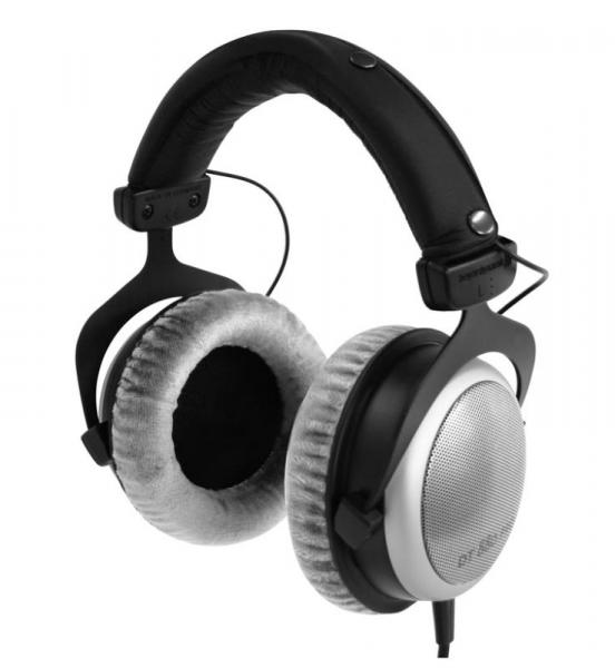 Studio & dj headphones Beyerdynamic DT880PRO