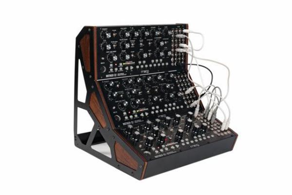 Studio rack Moog Mother-32 Three Tier Rack Kit