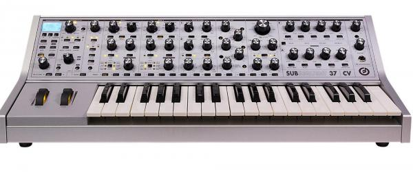 Synthesizer Moog Subsequent 37 CV