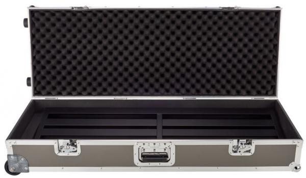 Flightcase pedalboard for effect pedal Pedal train Terra 42 TCW (Tour Case With Wheels)