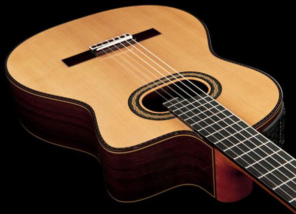 Classical guitar 4/4 size Takamine TH90 Hirade (Japan) - natural gloss