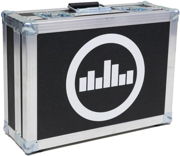 Flightcase pedalboard for effect pedal Temple audio design Flight Case For Templeboard Duo 17