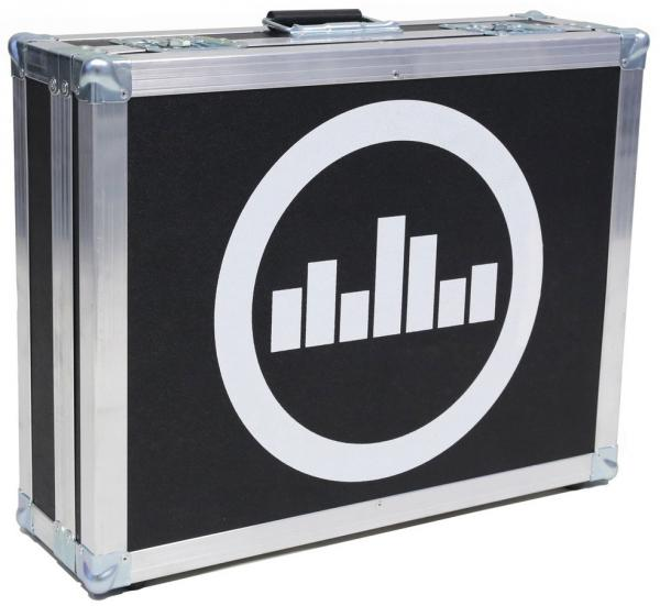 Flightcase pedalboard for effect pedal Temple audio design Flight Case For Templeboard Trio 21