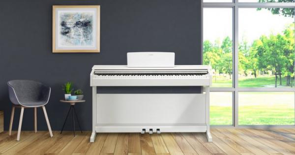 Digital piano with stand Yamaha YDP-144 - white